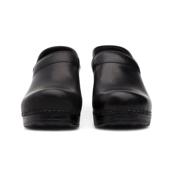 Dansko Black Professional Cabrio Clogs Shoes